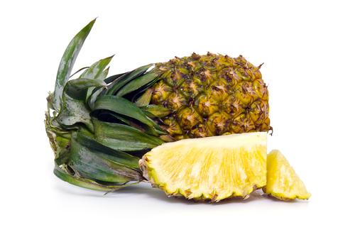 パイナップル 匂い 草