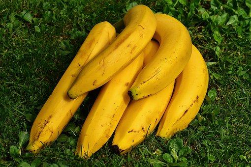 バナナ 先端 皮 危険