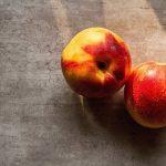 桃の種の表面にカビや虫がいた場合腐っているの?