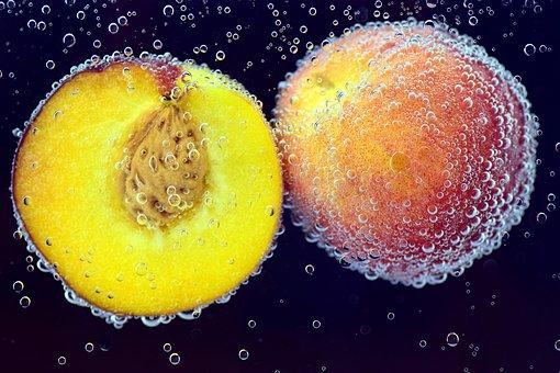 桃 食べる 動物